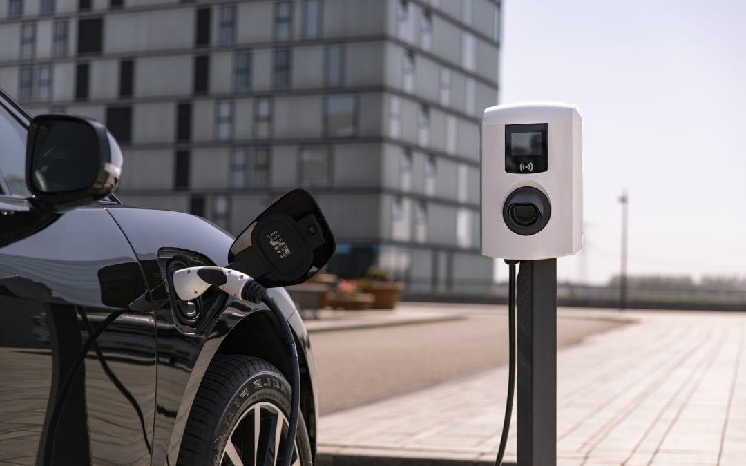 Indrukwekkende stijging aantal plug-in hybrides in Europa